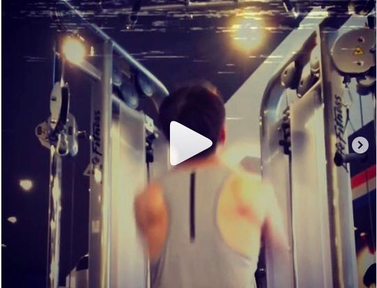 千種パーソナルトレーニングのカエルボディスタジオ-効き目はバツグン 懸垂