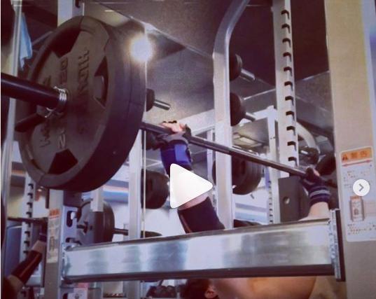 千種パーソナルトレーニングのカエルボディスタジオ-重量上げていきたい、と願いつつ 100の5×5