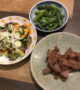 ミスジ焼肉とサラダ蒸しアスパラ